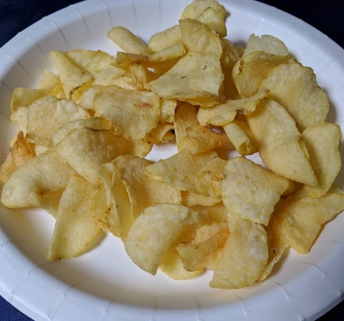 堅あげポテト 枝豆にんにく味の中身の画像