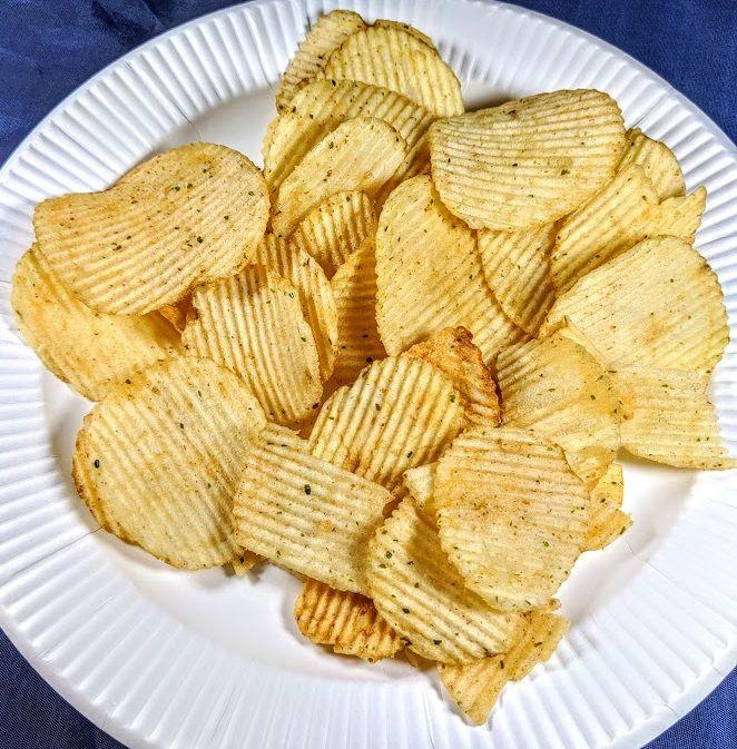 ポテトチップスギザギザ(紀州の梅と焼きのり味)の画像