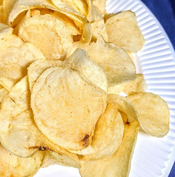 カルビー ポテトチップス(ほんのりと桜が香る燻製鶏風味)は美味しいか?まずいか?の画像